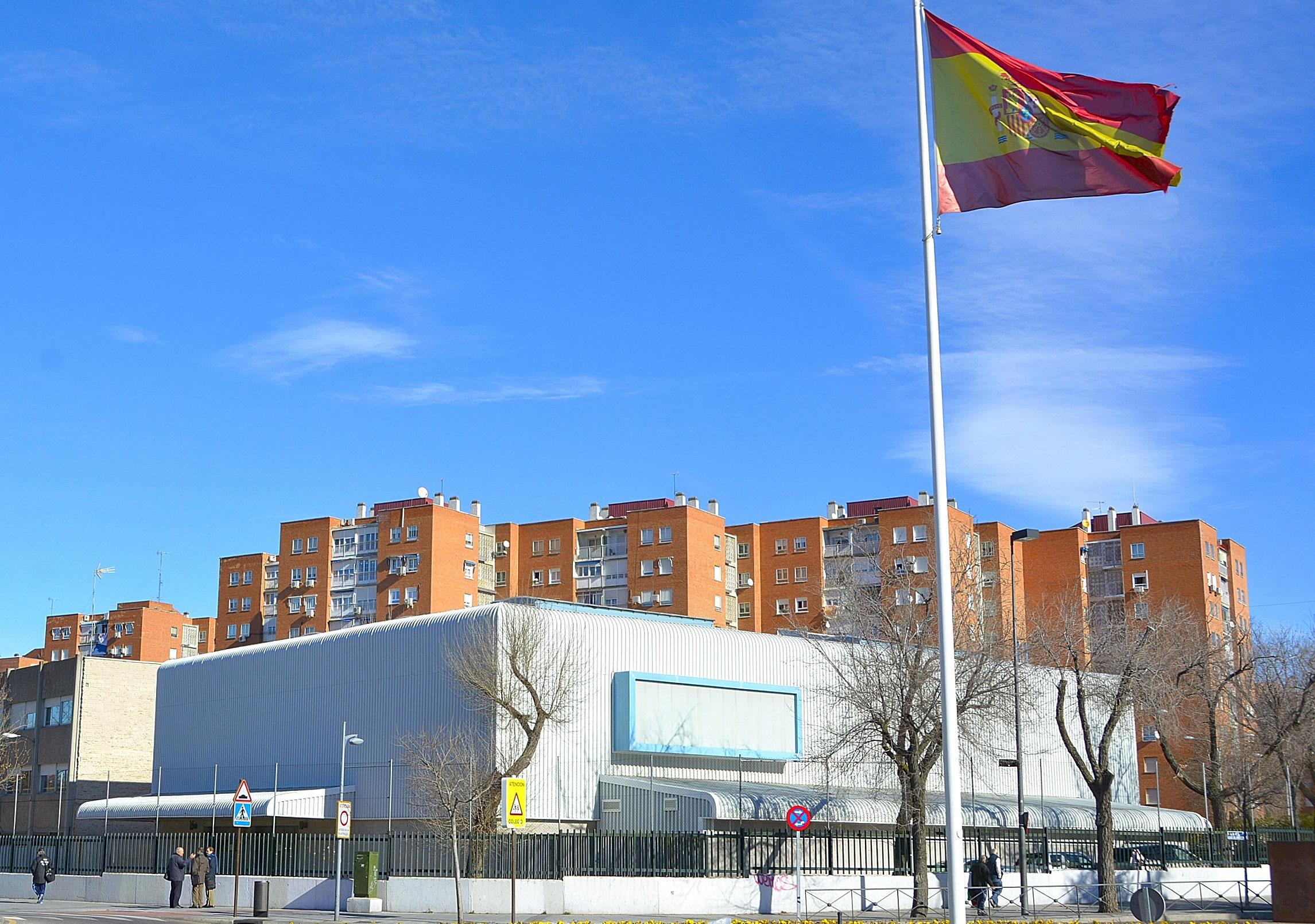 Alcorc n invertir euros para reparar la cubierta for Gimnasio alcorcon
